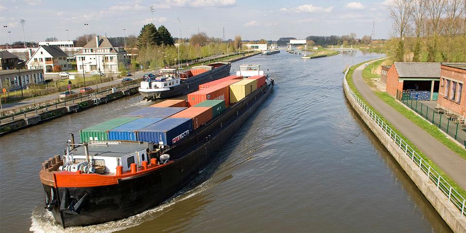 p6_containertransport-kopieren