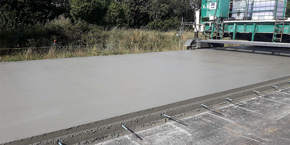 vandaag-verdichte-beton-op-de-autostrade-e313-kopieren
